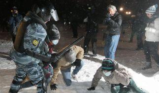2400 Festnahmen bei Unruhen in Russland (Foto)
