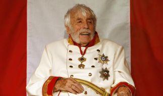 106 Jahre alt und noch auf der Bühne: Johannes Heesters. (Foto)