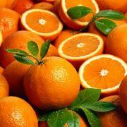 Mit drei bis vier Orangen wäre der tägliche Bedarf an Vitamin C gedeckt.