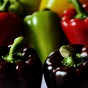 Mit reichlich Anteil an den Vitaminen A, C und E ist die Paprika ein wahres Power-Gemüse.