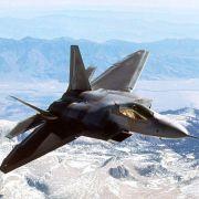 Der F-22 war auch im Film Transformers zu sehen, als irdische Tarnform eines bösen Roboters.