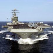 Auf dem atomgetriebenen Flugzeugtraeger USS Harry S. Truman haben 80 Flugzeuge Platz.