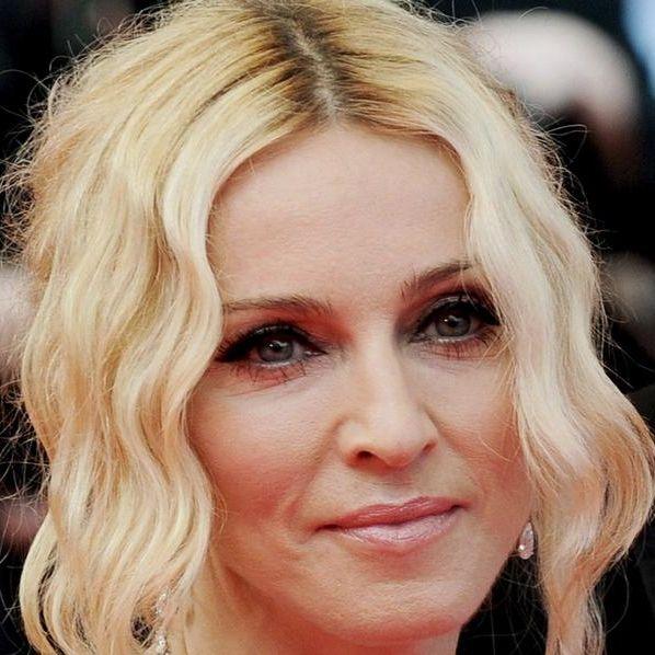 Darum fahren Männer auf blonde Haare bei Frauen ab (Foto)