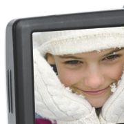 Nicht vergessen werden darf bei Kompaktkameras der Hersteller Aiptek. Die Taiwanesen haben den Minicamcordermarkt früh erkannt und mittlerweile eine große Produktpalette im Angebot, darunter den PocketDV AHD100 mit HD-Auflösung im 720p-Standard. Preis: Ab
