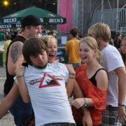 Schlappmachen gilt nicht:Headliner wie Die Toten Hosen, Faith No More und Rise Against heizten den Fans ein.