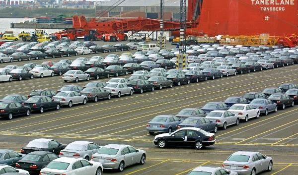 Um die Autoindustrie vor einem Absatzeinbruch zu bewahren, zauberte die Regierung gemeinsam mit den Gewerkschaften die Abwrackprämie hervor.