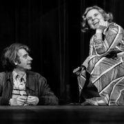 Heidi Kabel mit Rudi Carrell auf der Bühne.