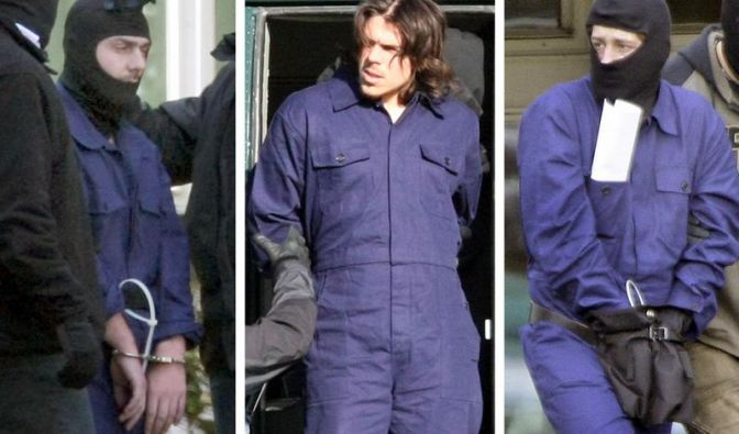 Die drei Terrorverdächtigen der Sauerland-Gruppe bei ihrer Festnahme am 4. September 2007. Bei Frankfurt wurde nun ein 24-Jähriger gefasst, der ebenfalls zu der Gruppe gehören soll.