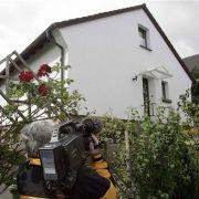 In diesem Ferienhaus im nordrhein-westfälischen Oberschlehdorn wurden die Männer von einem Sondereinsatzkommando der Polizei überwältigt. Ihre Autobomben sollten vor US-Einrichtungen in Deutschland Hunderte Menschen in den Tod reißen.