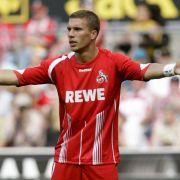 Kölns Lukas Podolski ist noch immer torlos und ein Schatten seiner selbst. Dabei kostete er 10 Millionen.