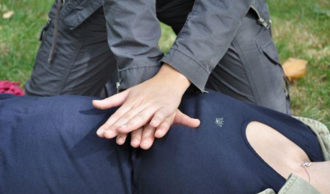 Herzdruckmassage (Foto)