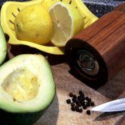 Avocados sind ein hervorragender Lieferant von Omega-3-Fettsäuren.