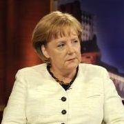 Die Stasi habe Interesse an ihrer Mitarbeit gehabt, berichtete Merkel Moderatorin Sandra Maischberger in der gleichnamigem Talkshow im Mai 2009.