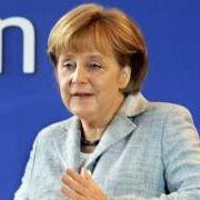 In der DDR aufgewachsen, erfuhr Merkel im praktischen Alltag, was Diktatur und staatliche Willkür bedeuten. Im Mai 2009 spricht sie als Bundeskanzlerin im ehemaligen Staatsratsgebäude der DDR in Berlin zum ThemaVor 20 Jahren - Am Vorabend der Fried