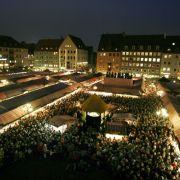 Mit rund zwei Millionen Besuchern ist der Nürnberger Christkindlesmarkt einer der größten Weihnachtsmärkte Deutschlands und einer der bekanntesten in der Welt.