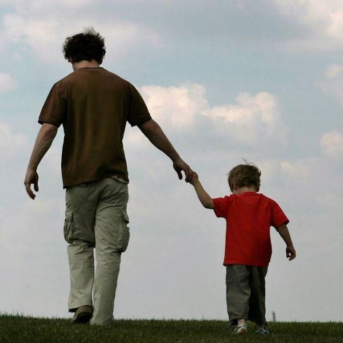 Auf das Sorgerecht verzichten oder das Kind zerreißen? (Foto)
