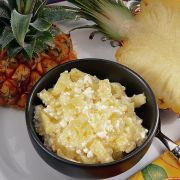 Hüttenkäse mit Ananas