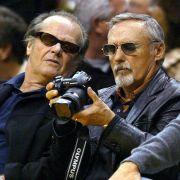 Auch als Fotograf versucht sich Hopper.