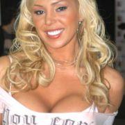 Mary Carey ist eine amerikanische Pornodarstellerin mit politischen Ambitionen.
