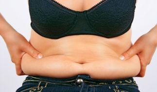Übergewichtige sollten sich erst unters Messer legen, wenn andere Therapien wie Sport nicht erfolgreich waren. (Foto)