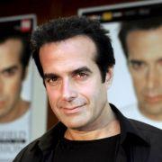 David Copperfield: Im Jahr 2007 behauptete eine damals 21-Jährige, der Magier habe sie mehrfach sexuell missbraucht. Inzwischen ist das Verfahren eingestellt.