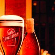 Im Schatten von Köstritzer Schwarzbier erhebt sich ein dunkleres Bier: Duckstein.