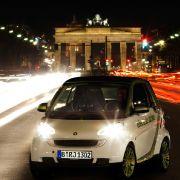 Die Autobauer wollen Deutschland zum Leitmarkt für Elektromobilität machen - davon ist man noch weit entfernt.