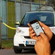 Smart electric drive: Der Ladestatus kann per Smartphone abgefragt werden.