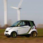 Wenn regenerative Energien den Strom für's Auto liefern, ist Elektromobilität eine einigermaßen saubere Sache.