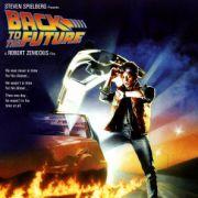 Und wir hatten noch eine Zukunft! Das Jahr 2000 lag noch in der Zukunft, die Zukunft war noch verrückt, und der Kultfilm hieß Zurück in die Zukunft.