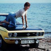 Aber die Dekade der Geschmacksverirrung hatte auch ihr Gutes: Die Fronten waren klar, es gab Gut und Böse, und zur Erheiterung gab es den Opel Manta.