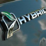In den kommenden drei Jahren fließen Investitionen in Höhe von mehr als 300 Millionen Euro in die Ford C-MAX-Programme in Spanien. Rund 27 Millionen davon entfallen auf das Thema Hybrid.