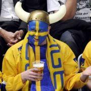 Schwedische Eishockeyfans.