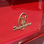 Vom Schönsten aller Dreizacke wurden monatlich zirka 20 Stück verkauft. Insgesamt baute man nur 243 Maserati 3500 Coupé GTi Sebring II.