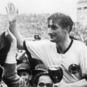 Kapitän bei der WM 1954: Fritz Walter.