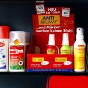 Chemische Abwehrmittel, so genannte Repellents, überdecken den eigenen Körpergeruch.