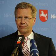 Noch ein Kandidat der Union: Niedersachsens Ministerpräsident Christian Wulff (CDU). Sein Vorteil: Er hat viel Sympathien in der Partei und auch in der Bevölkerung.