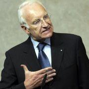 Von Brüssel nach Bellevue? Auch über eine Rückkehr von Ex-Ministerpräsident Edmund Stoiber wird gemutmaßt. Ihn würde vor allen Dingen der CSU-Vorstand gerne im Amt des Bundespräsidenten sehen.