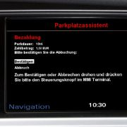 25 Ampelanlagen in Ingolstadt sind bereits vernetzt, bis Ende des Jahres sollen es 52 sein. Die Kommunikation mit dem Auto geschieht auf zwei Wegen ...