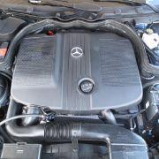 Offen gestanden: Der Motor ist im kalten wie im warmen Zustand laut und allzu präsent; sein Tatendrang dafür überschaubar.