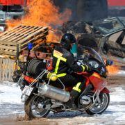 Noch bis zum Sonntag können Besucher die neuesten Geräte für Brandbekämpfung und Brandschutz in Live-Einsätzen erleben.