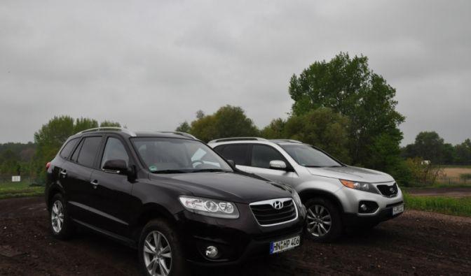 Zwei SUVs auf Abwegen  (Foto)