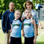 Und bei ihren Eltern (Heino Ferch und Anja Kling) haben die Mädchen ohnehin einen Stein im Brett.