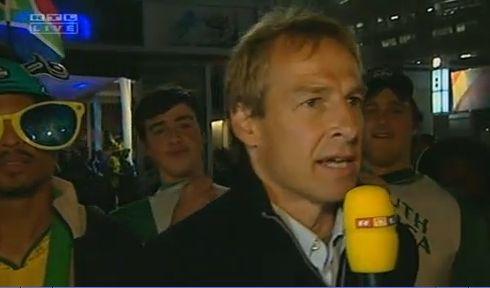 RTL schickte Dauerurlauber Jürgen Klinsmann nach Südafrika.