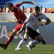 Bastian Schweinsteiger: Sollte eigentlich die ordnende Hand im deutschen Spiel sein, verlangsamte aber das Spiel wie in schlechten, alten Zeiten.