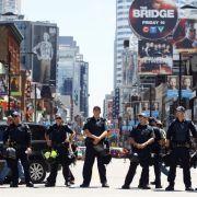 19.000 Polizisten schützen den Gipfel vor den Protestierern - und vor möglichen Terroranschlägen.
