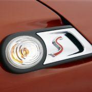 Neue Lichtquellen für die Rundscheinwerfer oder anders eingefasste seitliche Blinker geben dem Mini neuen Pep.