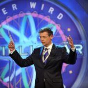Mit der Show Wer wird Millionär? avancierte Jauch zum Quizmaster der Nation und ist fortan in der . Das RTL-Format...