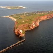 H wie Helgoland und Hiddensee: zwei legendäre Inseln.
