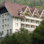 Im Schwarzwald wurden nur die Außenaufnahme der Serie gedreht. Alle Innenaufnahmen fanden in einem Hamburger Studio statt.